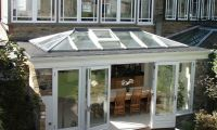Modern Orangery kitchen extension on Fulham house in South West London